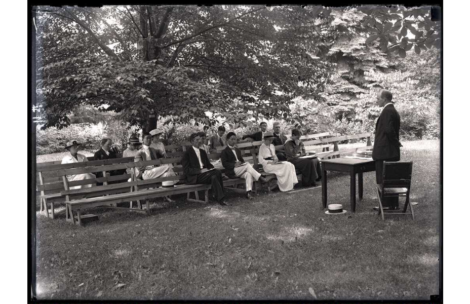 Summer School lecture, ca. 1920.