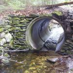 Culvert inlet with drop