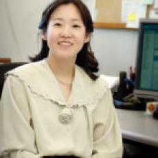 Yeonhwa Park, Associate Professor
