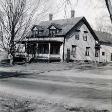 Bigelow home on North Pleasant Street, Amherst, MA, 1950s.