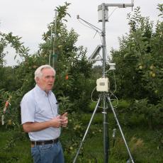 Daniel Cooley explains weather station