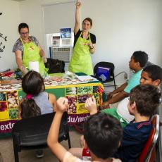 Summer NEP nutrition class with youth at Robinson Gardens, Springfield