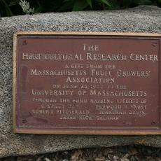 Massachusetts Fruit Growers' Association plaque