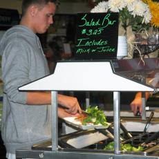 Smarter lunchroom program encourages salad selections