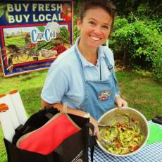 Sue Borque offers cooking demonstration at Farmers Market. Photo credit Rebecca Westgate