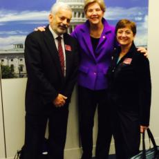 Senator Warren meets with Ken Nicewicz and Linda Horn