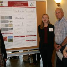 Sai Sree Uppala, Rayann Jahrling, Scott Davis and Kathy Petersen discuss project on cranberry fruit rot