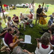 Turf Field Day 2019: UMass-based pick up band Machine Shop provided lunch time entertainment