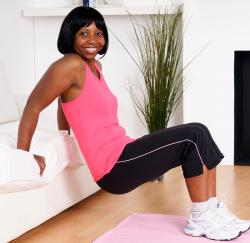 woman doing tricep dips