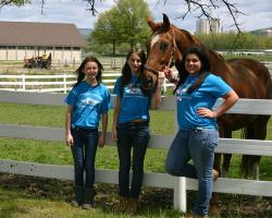 4-H members with horse