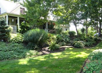 Front yard landscape designed to conserve water (photo: J. Stacy)