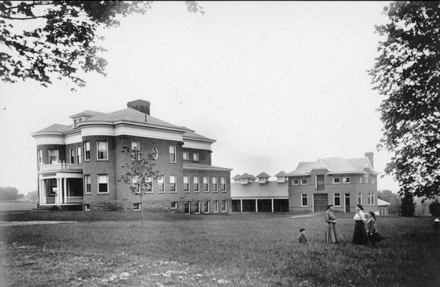 Munson Hall