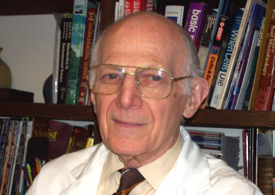 Dr. Haim Gunner discovers and develops microorganism to protect plants
